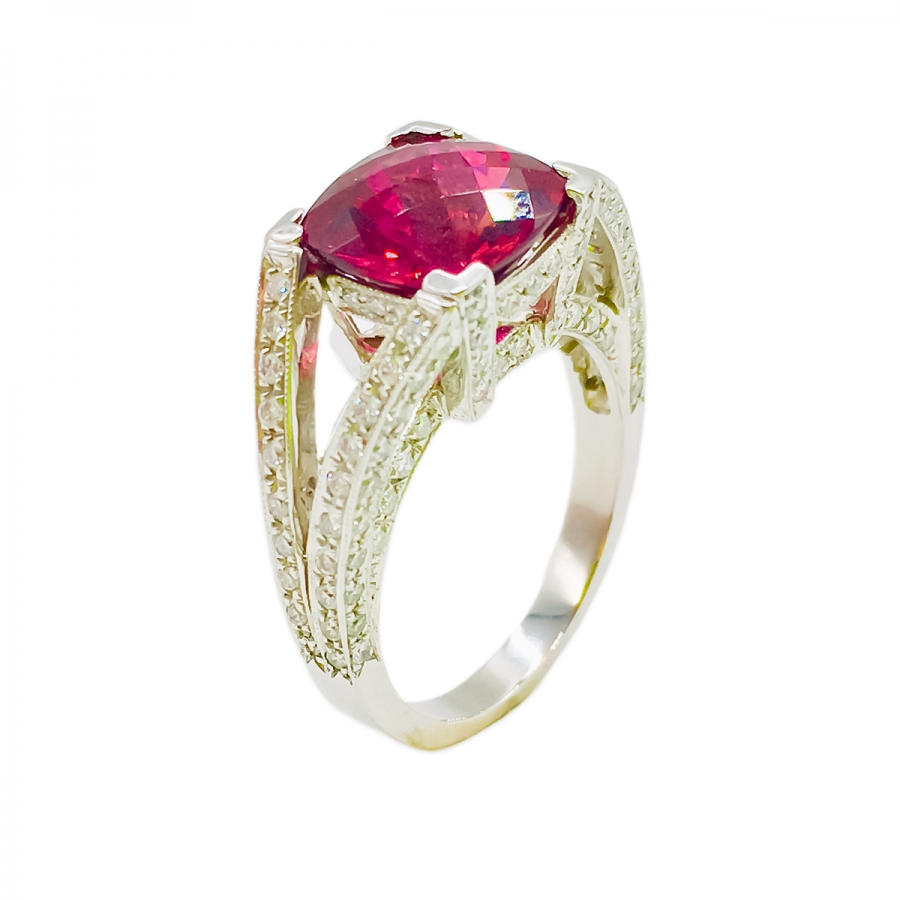 Платиновое кольцо с Рубеллитом и Бриллиантами-1