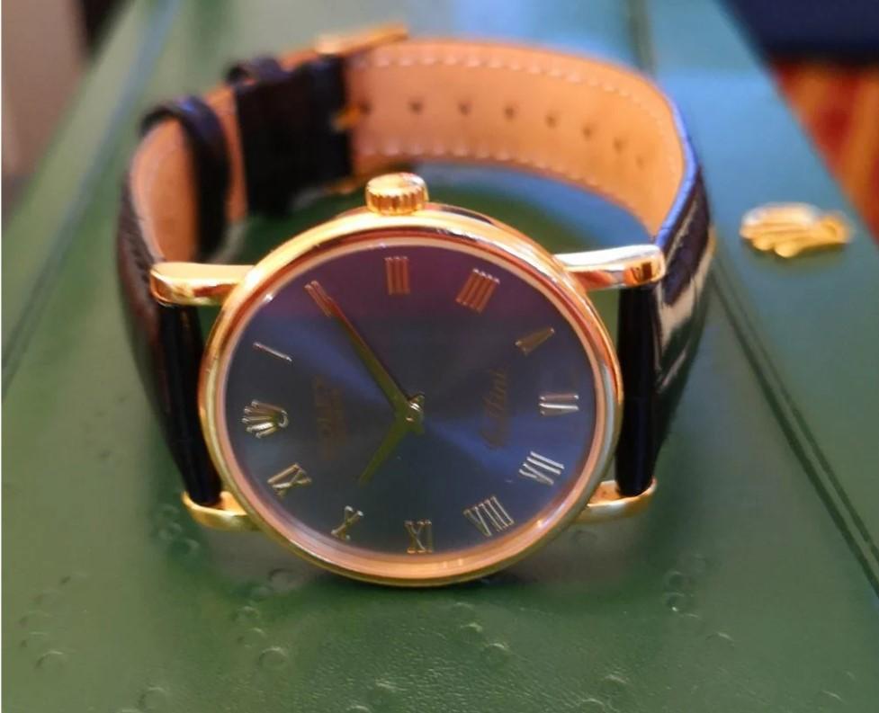 Rolex Cellini Classics Yellow Gold золотые часы-19