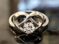 """Золотое кольцо """"Сердце"""" с бриллиантом-24"""