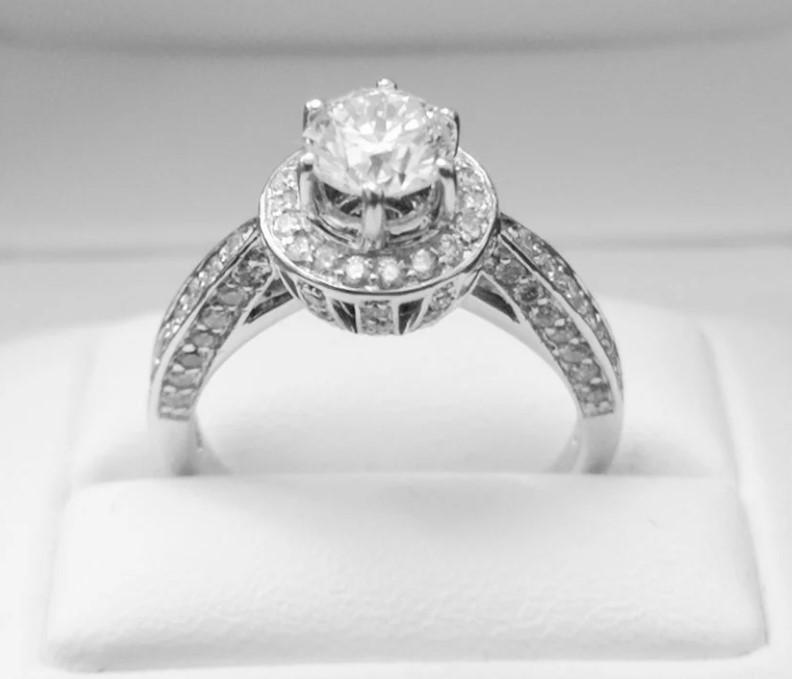 1,94ct золотое кольцо с бриллиантами-42