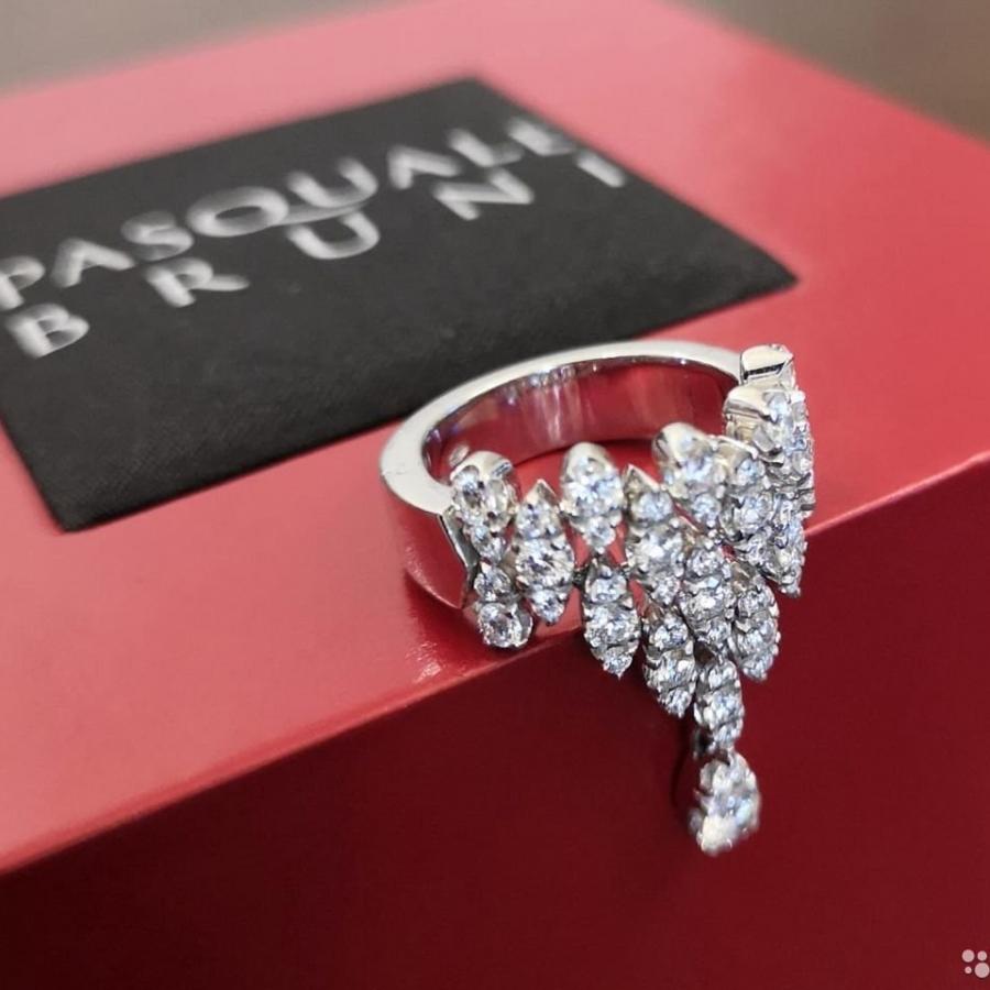 Pasquale Bruni Ghirlanda кольцо с бриллиантами-31