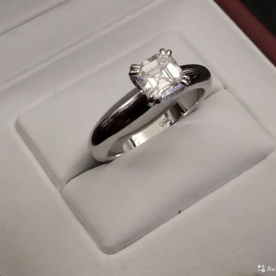 1,17 ct золотое кольцо с бриллиантом сертификат МГУ-29