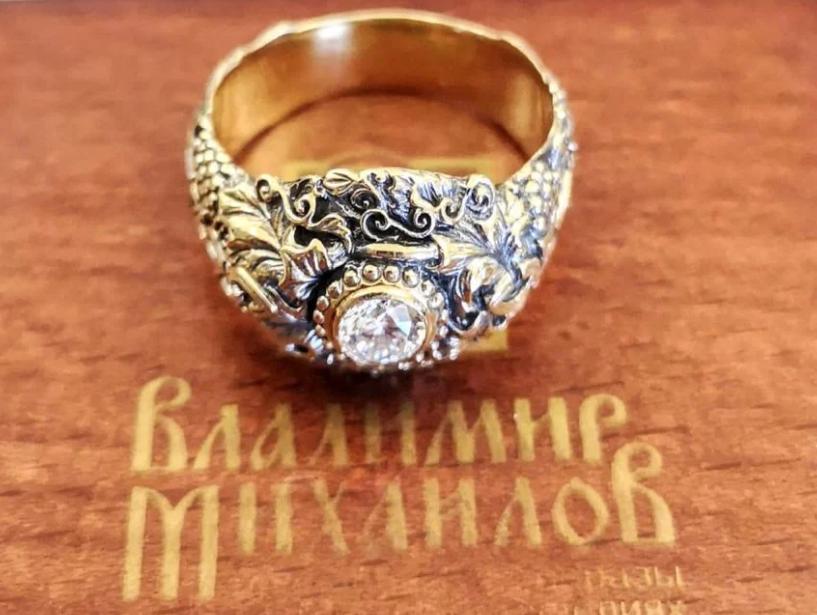 Охранный перстень с бриллиантом 0,52 ct «Спаси и сохрани» от В. Михайлова-3